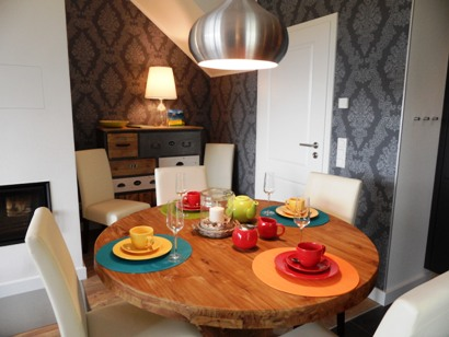 Küche - Esstisch bis z. 6 Personen