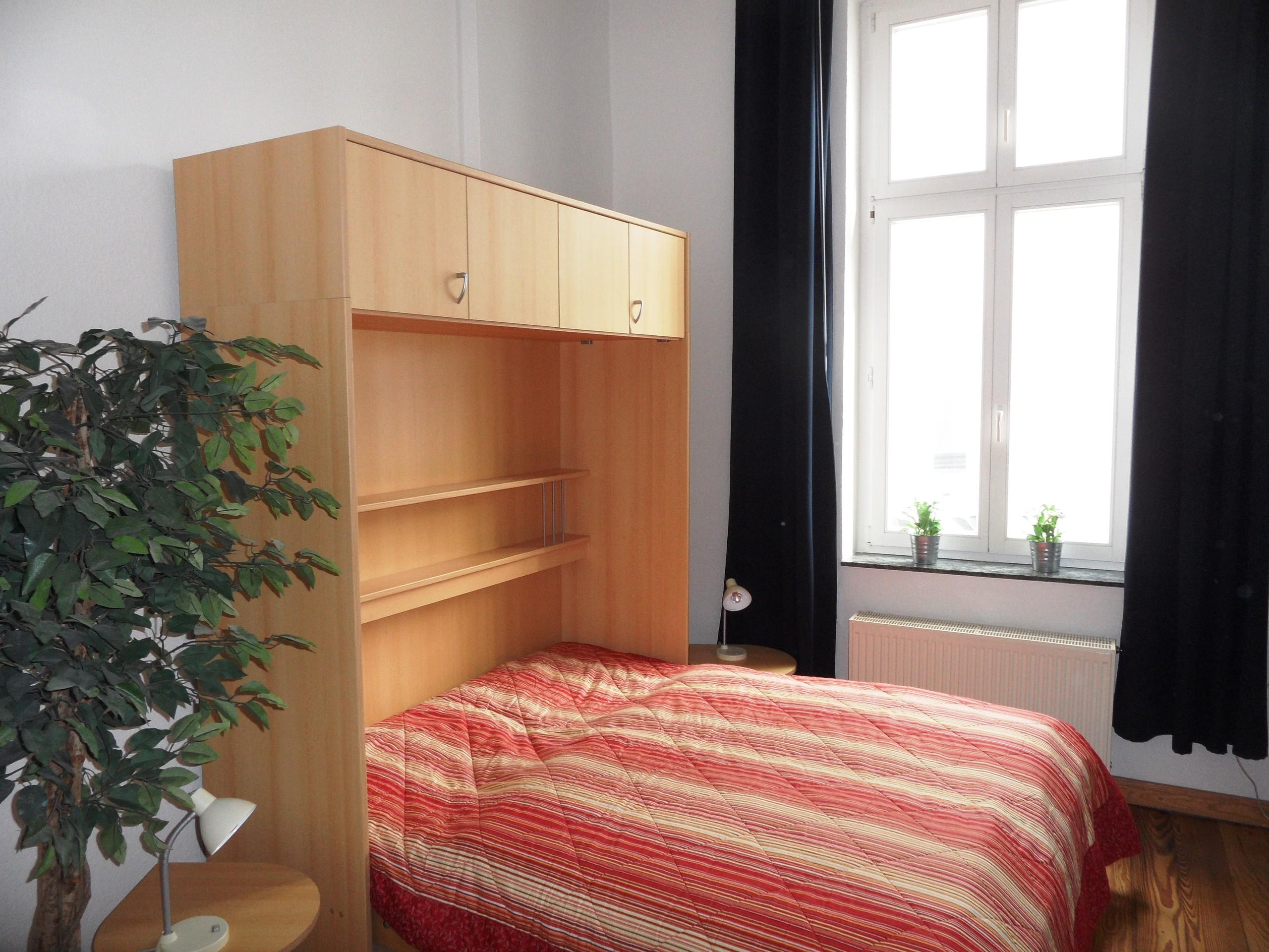Schrankbett (Maße 180 x 200 cm)